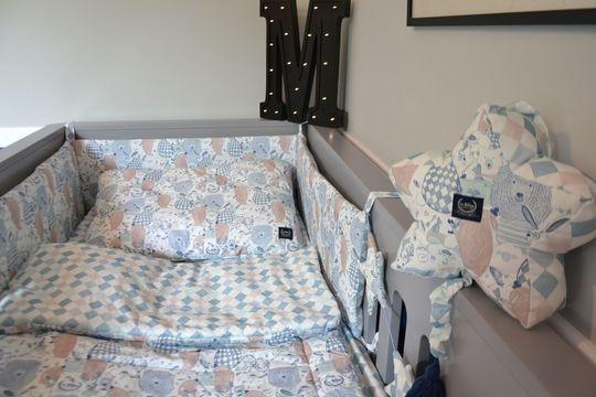 Ochraniacz na szczebelki do łóżeczka