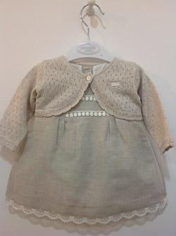 Stylowa sukienka dla dziewczynki w kolorze naturalnego lnu