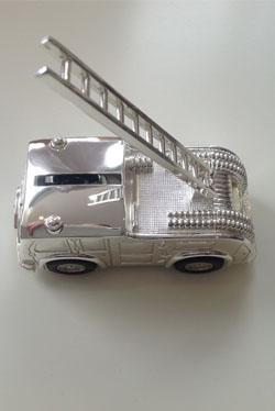 prezent, mini wóz strażacki - skarbonka
